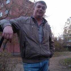 Парень ищет в Омске девушку для ночи любви