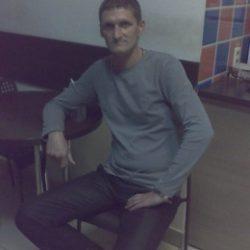 Молодой и горячий.мПарень ищет девушку в Омске